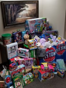toys for tots, rochester hills, michigan