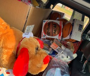 rochester hills, toys for tots donation drive